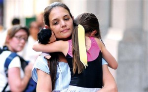 Katie gets custody of Suri in divorce settlement with Tom Cruise